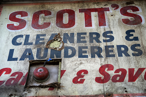 Scott's Cleaners And Launderers